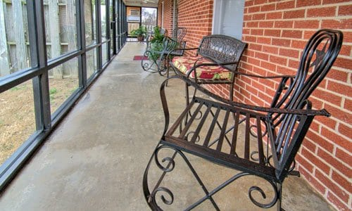 Heartsworth House Assisted Living & Senior Suites