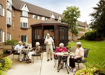 American House East I Senior Living